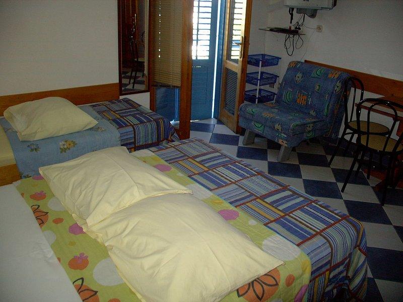 SA13(3): interior