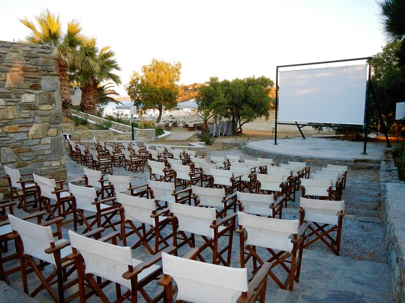 Nearby free open-air cinema under the stars and by the sea
