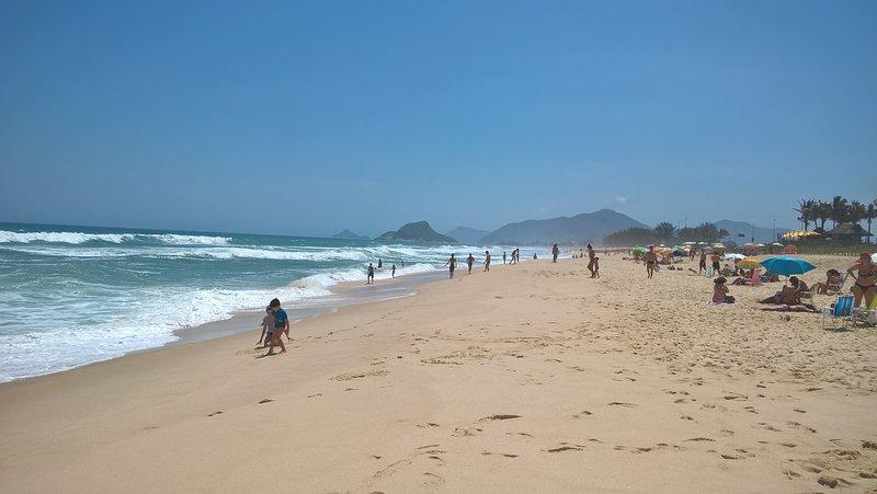 Die rechte Seite des Strandes vor der Wohnung