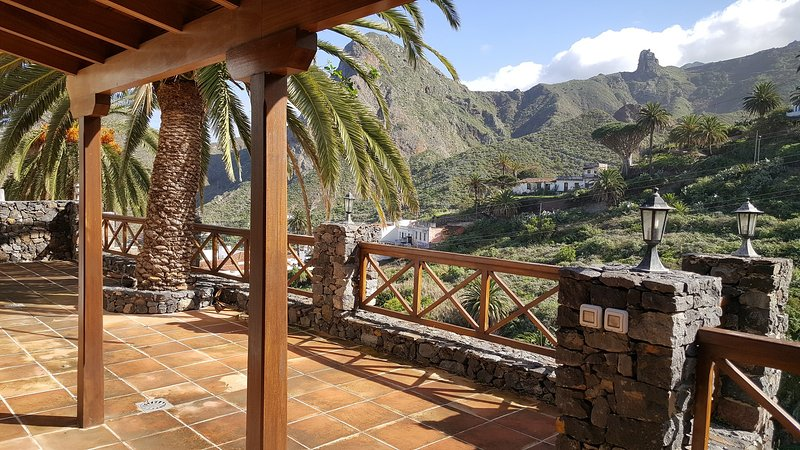 Large terrace with wonderful views of the Natural Park of Anaga