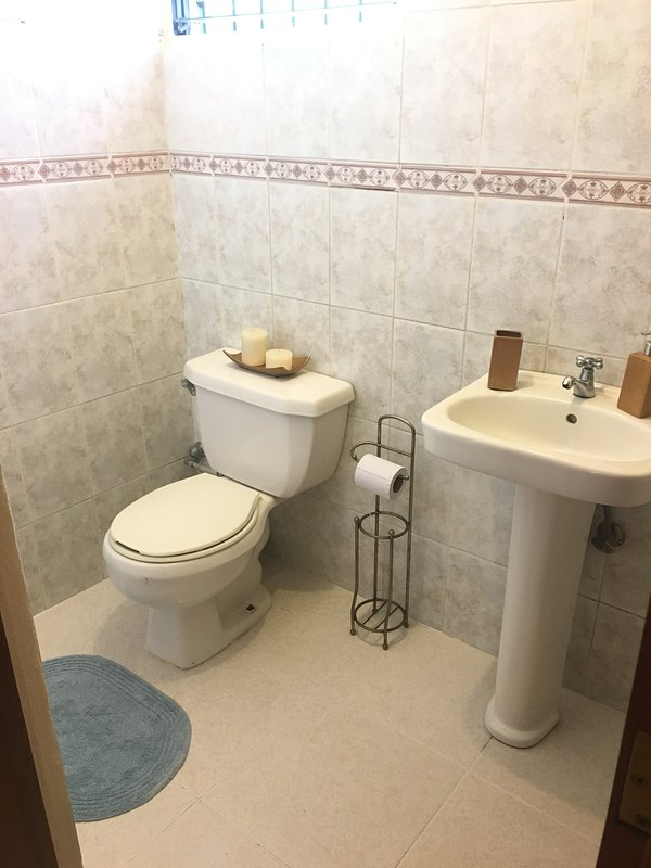 1/2 Bathroom