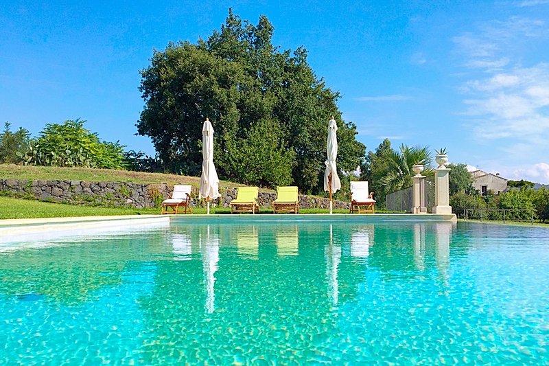Villa Marabecca, vacation rental in Francavilla di Sicilia