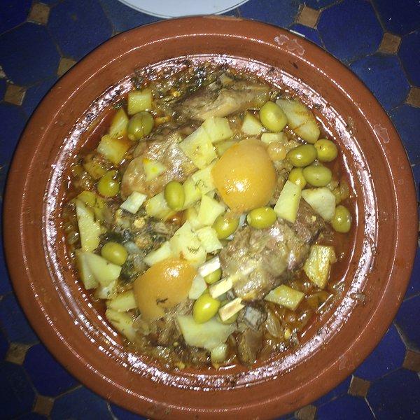 Eines der Gerichte des Riads