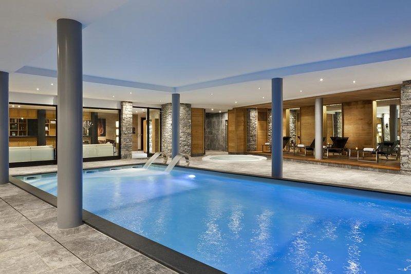 Spa piscina cubierta