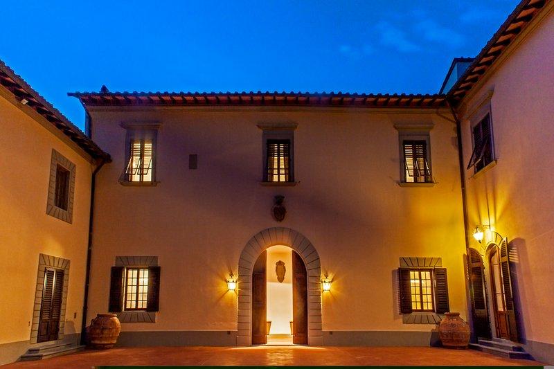 Por la noche Villa