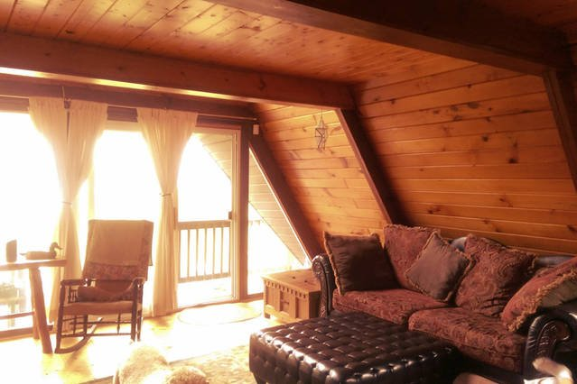 mountain chalet, vacation rental in Brooklyn Park
