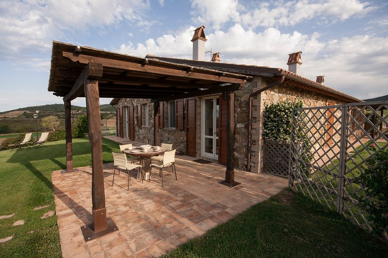 equipped outdoor loggia