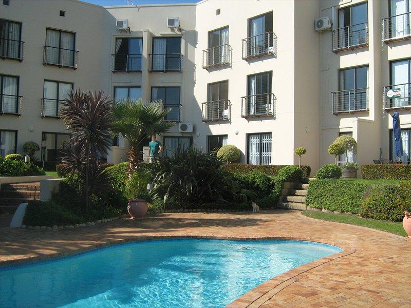 Van Riebeeck 11, holiday rental in Grabouw