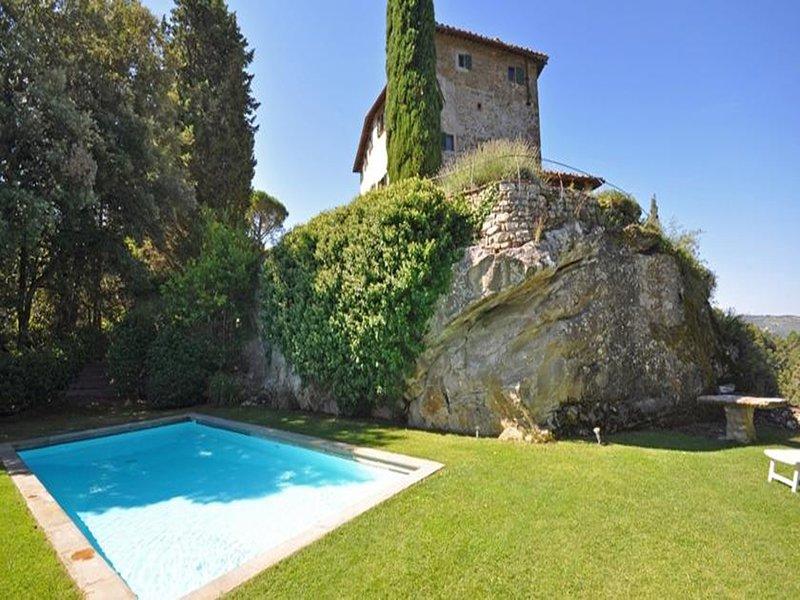 Villa Petra: beautiful villa with private swimming pool in the Chianti region, holiday rental in Greve in Chianti