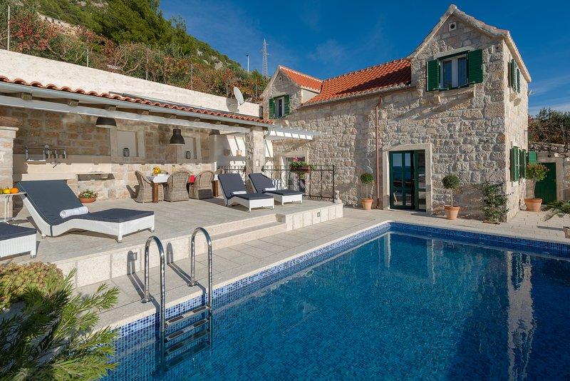 Superbe villa vue sur la mer près de Bol, Brac