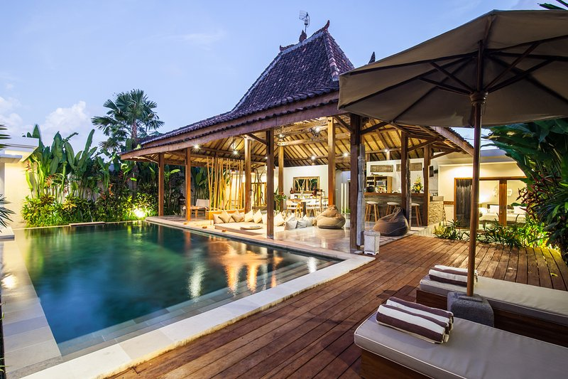 Villa Marula: 3 bedrooms, 3 bathrooms & Private Pool next to Seminyak