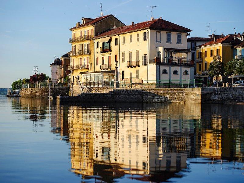 Aparthotel Arona 'Dimora dell'Antico Porto', holiday rental in Gattico