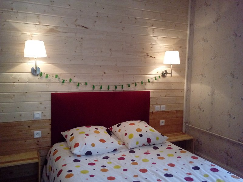 Chambre 1 lit double de 140 x190