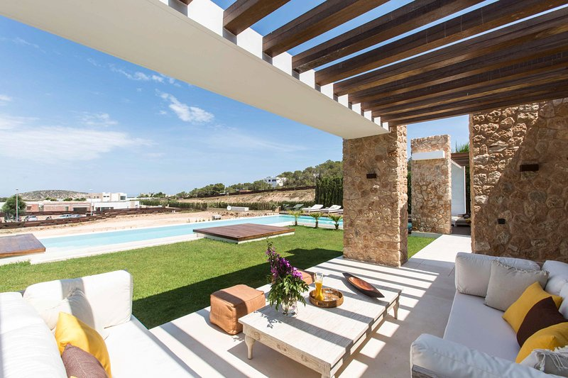 Villa Montecarlo, holiday rental in Cala Comte