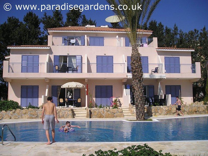 Paradise Villa - villa con 3 letto con accesso diretto alla grande piscina in comune