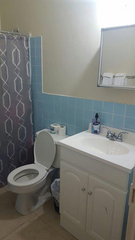 Soursopbathroom