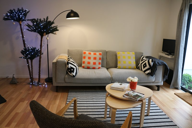 Central Christchurch- Clocktower Lane, vacation rental in Christchurch