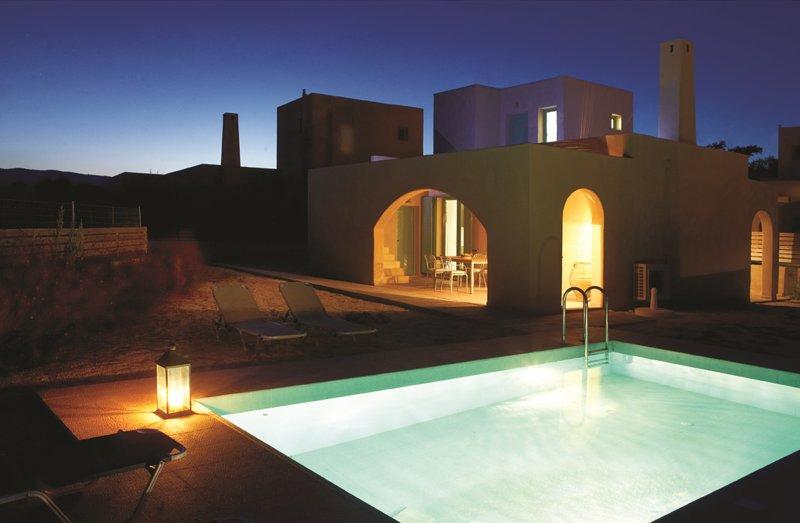 Blue Sky Villa Faedra with private pool, Gennadi, Rhodes, vacation rental in Gennadi
