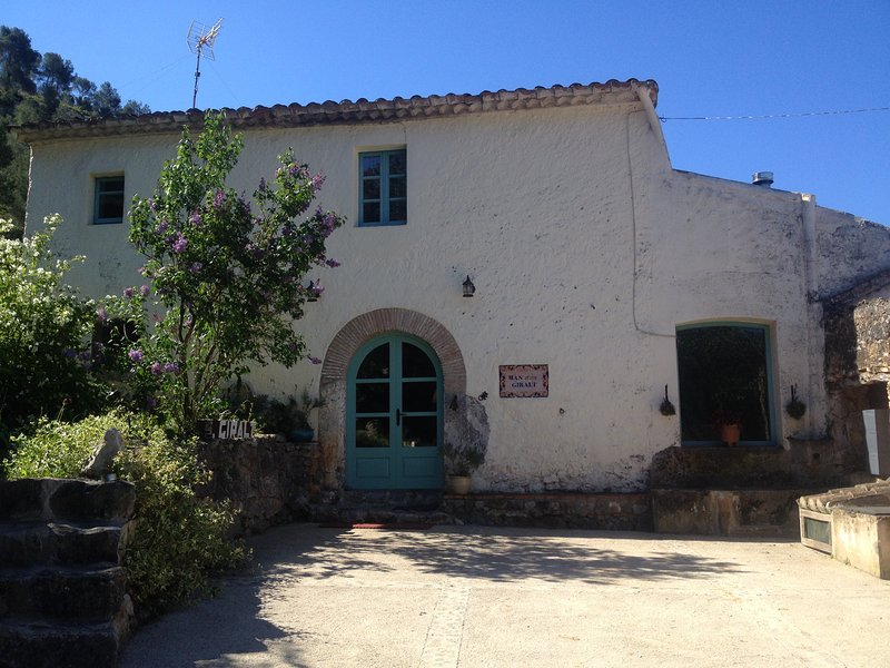 S.XVIII Vineyard Farm House near Sitges, vacation rental in Subirats