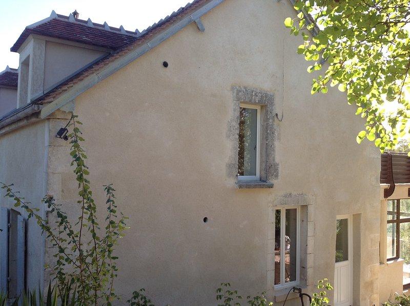 Le Gîte du Relais de Fontenailles, vacation rental in Sainte-Colombe-sur-Loing