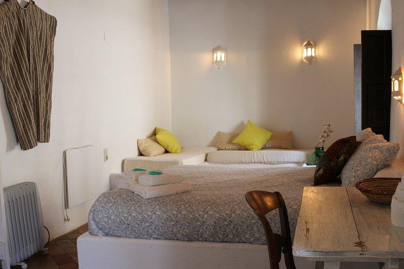 Eole Tarifa Rooms SR 2, vacation rental in Pelayo