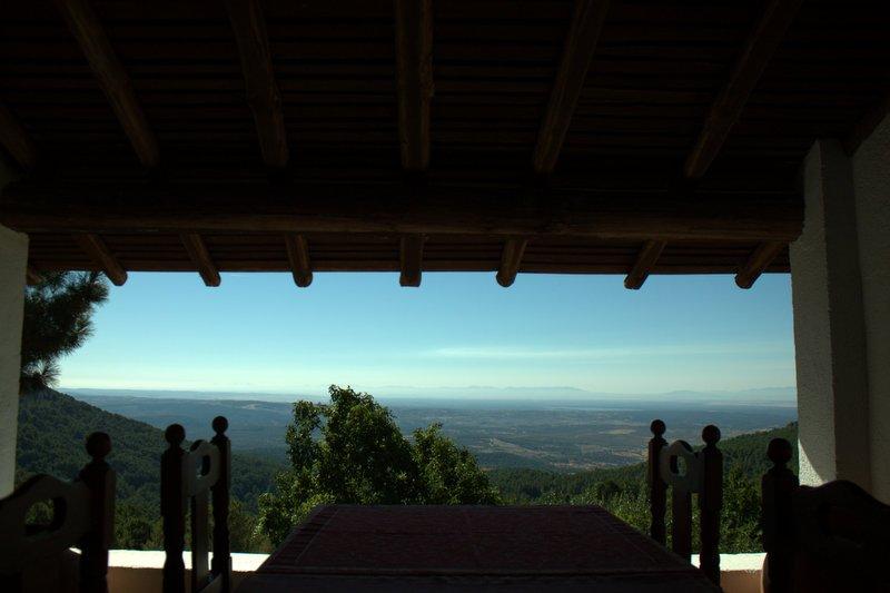 Casa rural auténtica situada  dentro del parque regional de la sierra de Gredos, location de vacances à Mombeltran