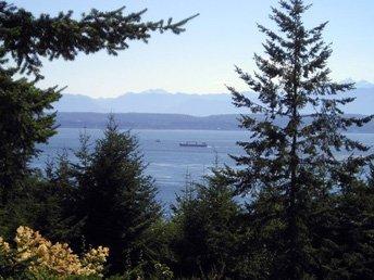 Water & mountain views!