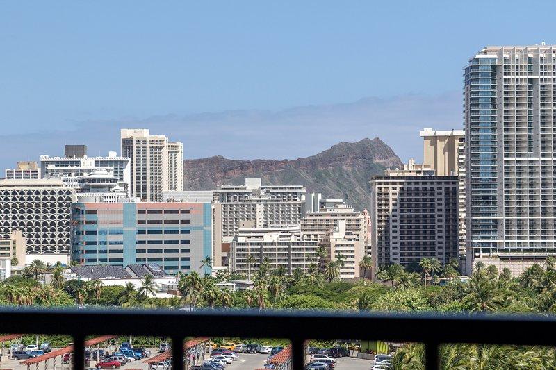 Diamondhead / Waikiki view