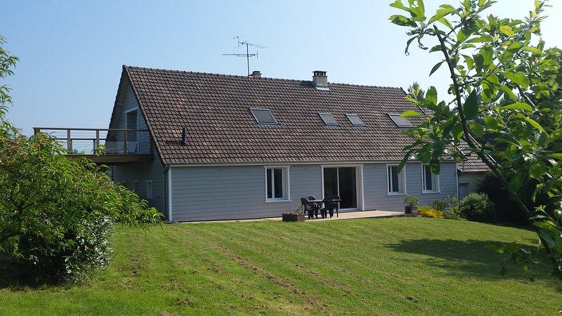 Le logement et sa terrasse suspendue