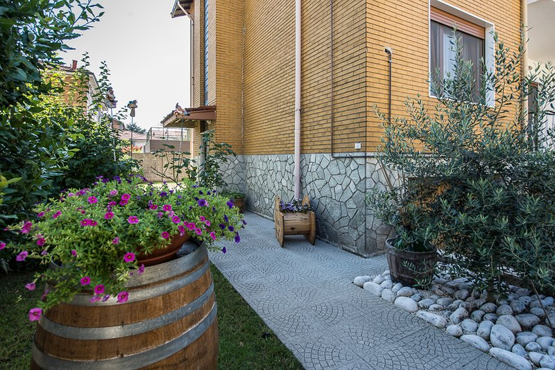 Rho Side ' Il Bed and Breakfast per la Fiera di Milano', vakantiewoning in Rho