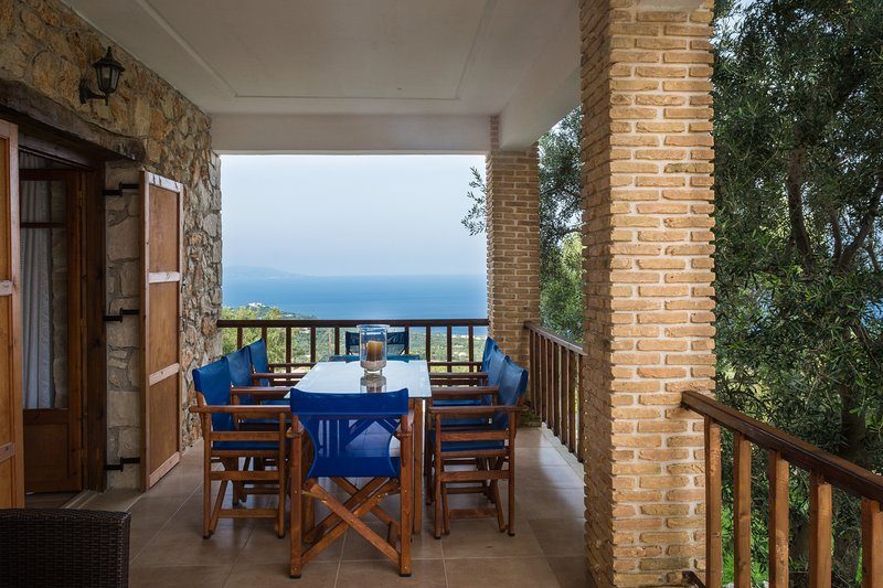 Capypso's lower balcony & sea view