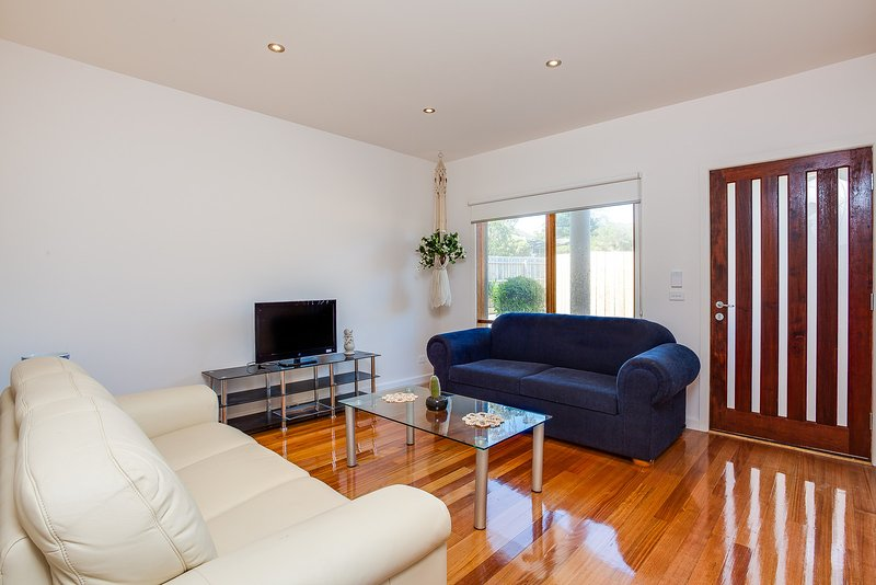 Aquawaters House by Barefoot Beach Stays - Opposite to Beach, vacation rental in Dromana