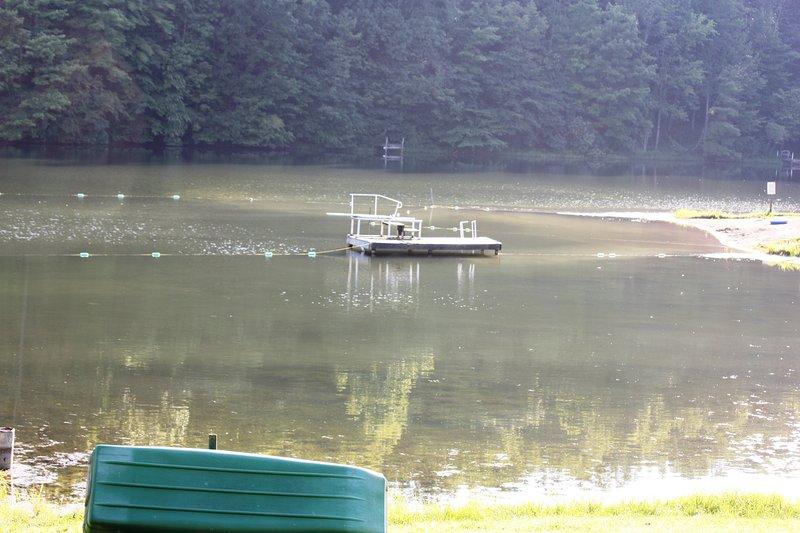 a pocos pasos del lago Holiday Haven