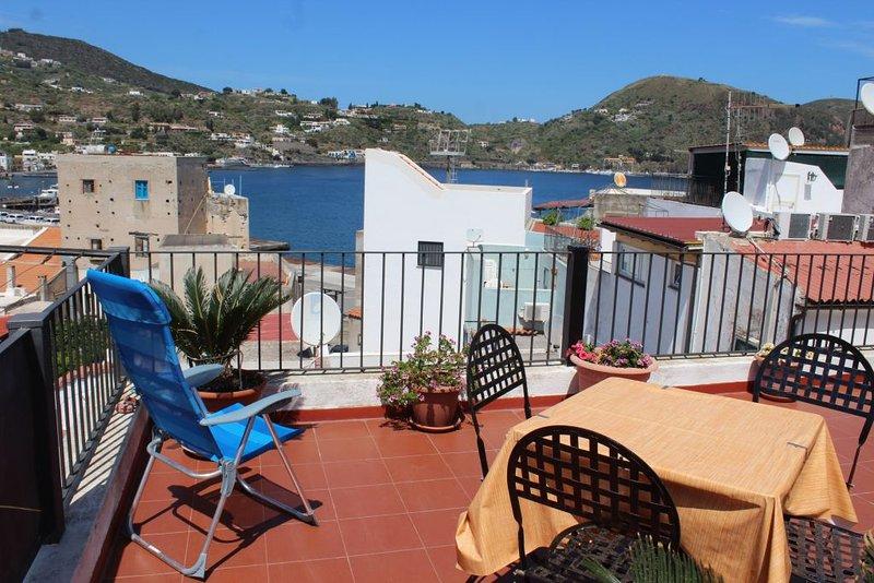 la terrazza sul porto ab 663, holiday rental in Santa Margherita
