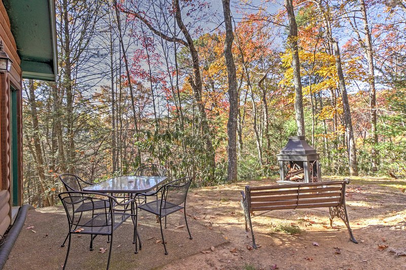 You'll be just 5 minutes from downtown Gatlinburg!