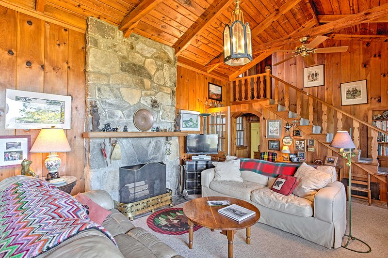 Your Blue Ridge Mountain retreat awaits you at this rustic vacation rental home!