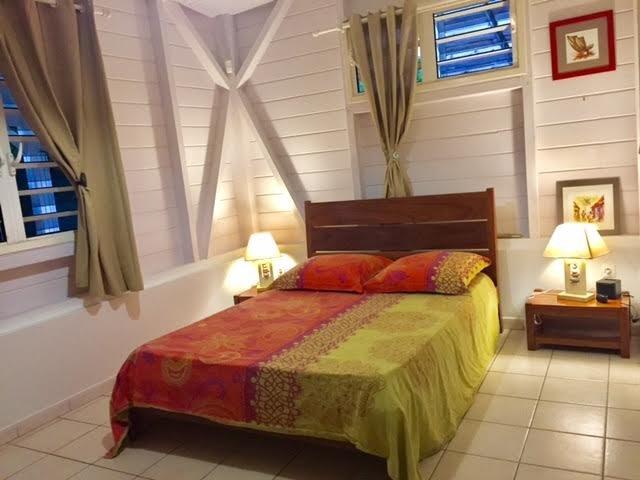 Chambre créole #1 Creol bedroom