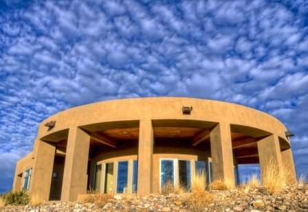 Spectacular Views of Abiquiu Lake and Ghost Ranch, holiday rental in Abiquiu