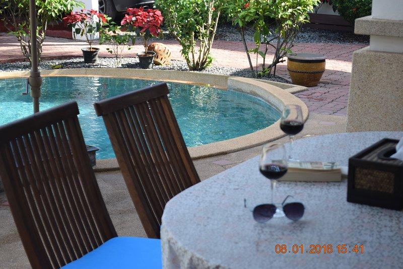Banyan Villa 1 outside dining