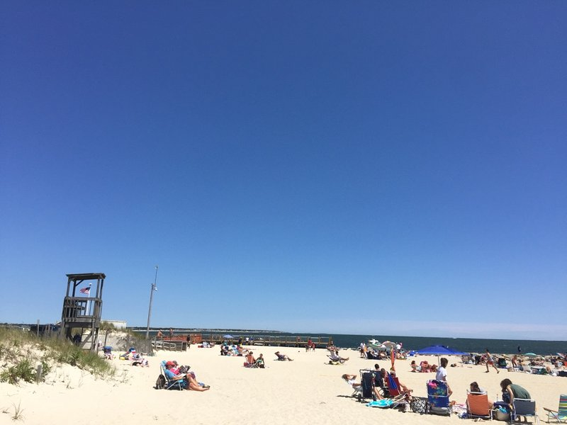 Cozy Beach Home - Walk Everywhere Beach and Fun!, holiday rental in South Yarmouth