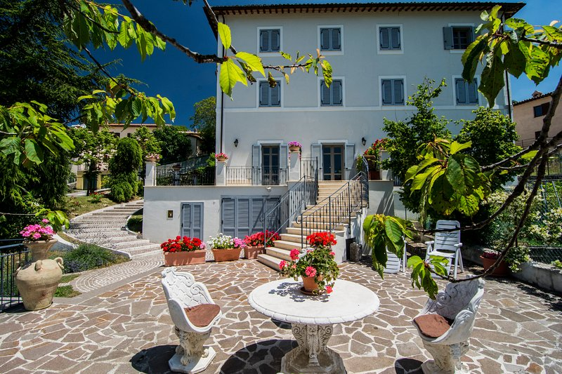 Villa Cappelletti, holiday rental in Foligno