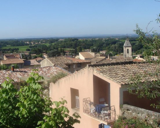 Charming & comfortable village house in Beaumes de Venise, Provence, holiday rental in Beaumes-de-Venise