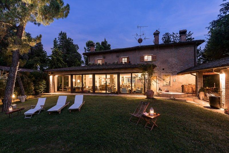 amazing villa monte quercione zola predosa has patio and