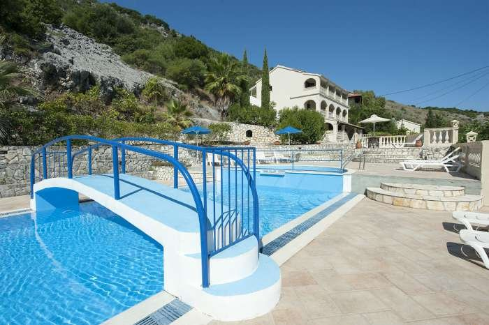 Vista a la piscina