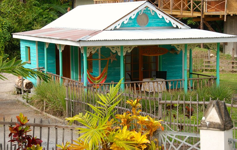 Driftwood By The Beach, holiday rental in Laborie