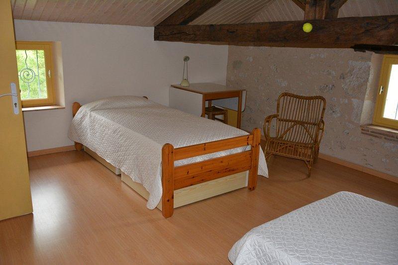 Bedroom 3 - 3 Dormitory beds 90