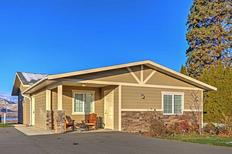 Flucht in die Ruhe der Natur in diesem 3-Schlafzimmer, 2 Badezimmer East Wenatchee Ferienhaus Haus.
