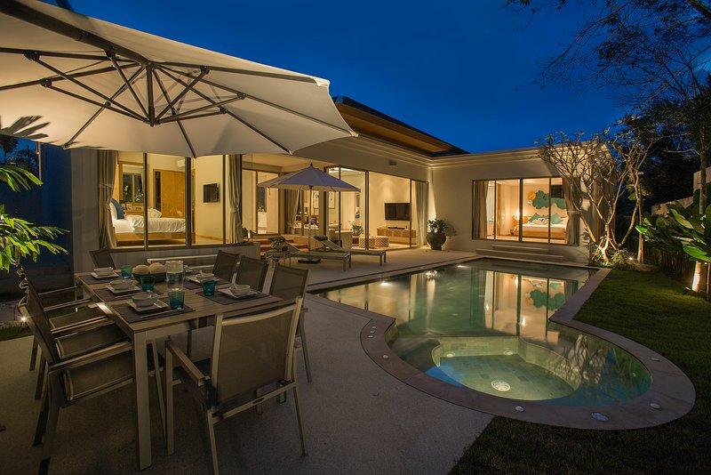 Villa777 - Private Pool Villa mit Jacuzzi Phuket - Bangtao Beach, alquiler vacacional en Cherngtalay