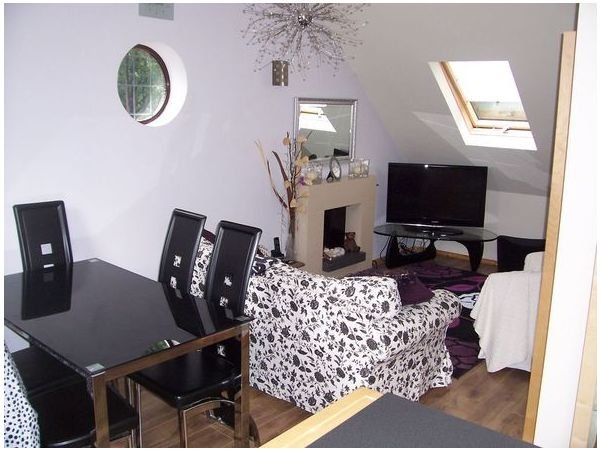 A Superb 2 Bedroom Fully Furnished Apartment Situated in a Rural Position, holiday rental in Stafford