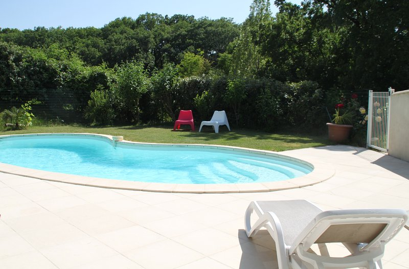 The shared pool of Orchards bouligaire